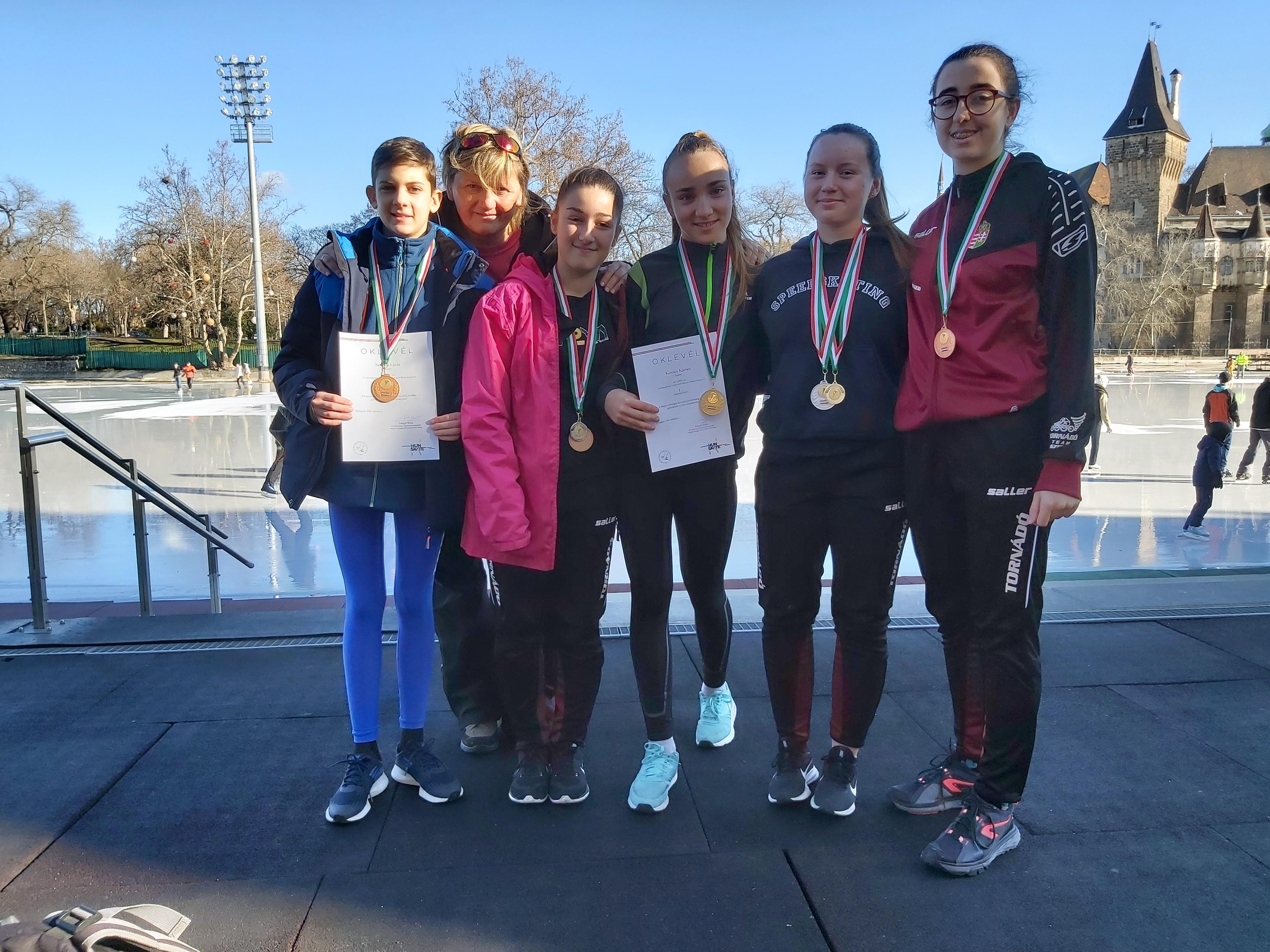Ötből öt! Junior Országos Bajnokság / Budapest