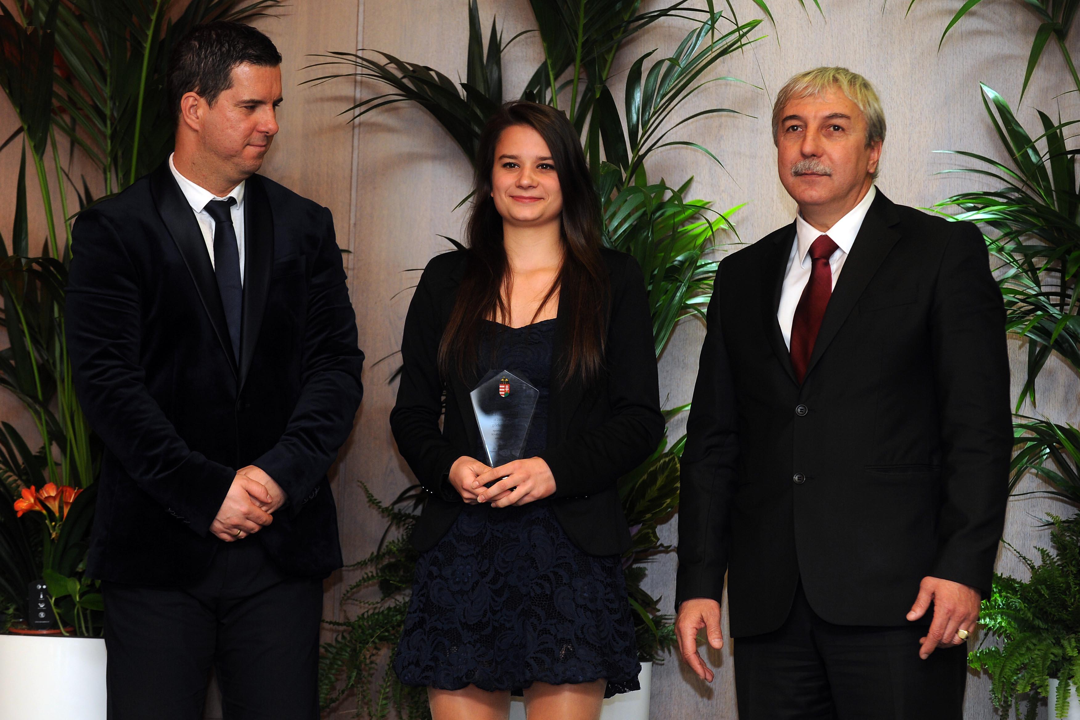 Világklasszisokat díjaztak ....Gardi Dominika a díjazottak között